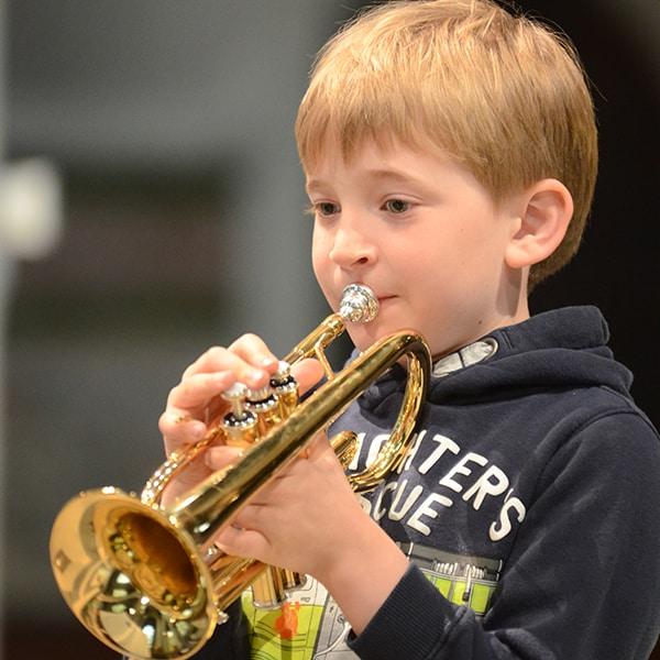 boy-trumpet